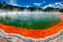 Rotorua champagne pool i New Zealand