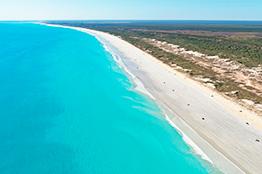 Den krystalklare strand, Cable Beach i Broome - Western Australia